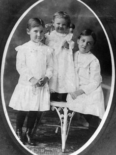 "Mamie, Eda Mae ""Buster"", and Eleanor"