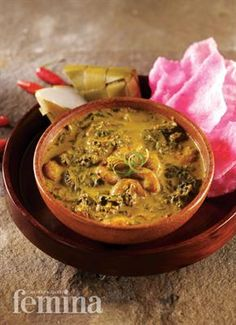 Femina.co.id: GULAI PAKIS (Padang) #resep Indonesian Cuisine, Indonesian Recipes, Asian Recipes, Ethnic Recipes, Padang, Big Meals, Vegetable Dishes, Palak Paneer, Food And Drink