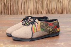 Vegan oxfords, mens shoe in natural woven hemp & ethnic Laos embroidery   Great comfort, great style, when ordinary just wont do.
