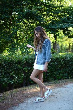 denim jacket + white shirt + white shorts + sandals
