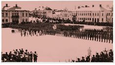 The Jääkärit (Finnish Jaegers) and their place in the Finnish Army (The last parade of the Jaeger Battalion, Vaasa Market Square, 26 Feb General Mannerheim inspects the Battalion) Helsinki, World War I, Old World, Finnish Civil War, Beautiful Flowers Images, Native Country, Military Personnel, Historical Pictures, Pictures To Draw