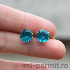 2016 brand jewelry luxury austrian crystal earrings for women godl for women stud earrings for girls gift Girls Earrings, Gemstone Earrings, Crystal Earrings, Statement Earrings, Women's Earrings, Blue Crystals, Gemstones, Model, Jewelry