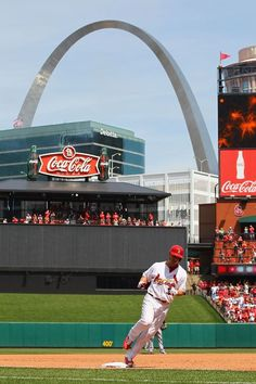 I don't care what team you're for, that's an awesome picture of Matt Holliday trotting off a HR in St. Louis.