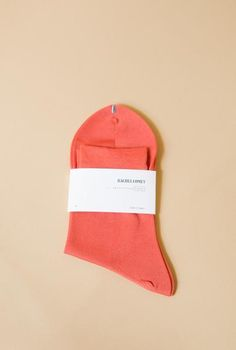 A well made match!These silky blush socks are the result of a partnership…
