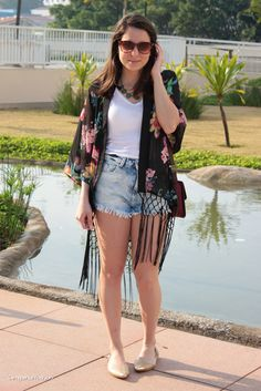 Floral kimono and jeans!