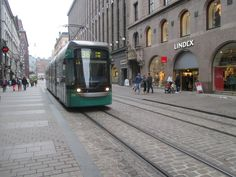 In deze tram in Helsinki kun je als persoon met een beperking wel uit de voeten.