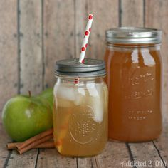Apple Pie Moonshine and 13 Moonshine recipes Party Drinks, Cocktail Drinks, Fun Drinks, Yummy Drinks, Cocktail Recipes, Alcoholic Drinks, Beverages, Drink Recipes, Camping Drinks