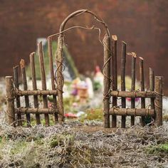 Fairy garden entrance of twigs - I like this idea for a full sized garden entran. - Fairy garden entrance of twigs – I like this idea for a full sized garden entrance – DIY Fairy - Mini Fairy Garden, Fairy Garden Houses, Gnome Garden, Diy Fairy House, Diy Fairy Door, Garden Wagon, Fairy Crafts, Garden Crafts, Garden Entrance