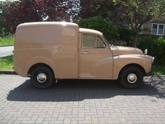 1958 Morris Minor Van Maintenance/restoration of old/vintage vehicles: the material for new cogs/casters/gears/pads could be cast polyamide which I (Cast polyamide) can produce. My contact: tatjana.alic@windowslive.com