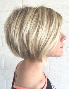 70 Winning Looks with Bob Haircuts for Fine Hair Hair! in 2019 short bob cuts for thin hair - Thin Hair Cuts Bob Haircut For Fine Hair, Bob Hairstyles For Fine Hair, Short Bob Haircuts, Haircut Bob, Stacked Hairstyles, Medium Hairstyles, Haircut Short, Hairstyles Haircuts, Blonde Hairstyles