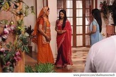 Catch all the live action happening on the sets of Punar Vivaah brought to you exclusively by Shashisumeet Productions