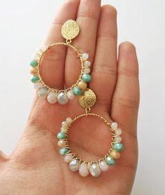 Tiny Crystal Gold Bar Necklace- Bezel bar/ dainty gold necklace/ layering necklace/ horizontal bar/ delicate/ minimal/ modern/ gifts for her - Fine Jewelry Ideas Boho Jewelry, Antique Jewelry, Jewelery, Jewelry Accessories, Fashion Jewelry, Beautiful Necklaces, Beautiful Rings, Dainty Gold Necklace, Imitation Jewelry