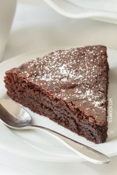 This healthier kladdkaka (Swedish sticky chocolate cake) is grain-free, gluten-free, dairy-free and 100% whole grain!
