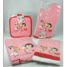 I Love Lucy Kitchen 4 Pcs Set Apron Towel Oven Mitt Pot Holder. I want!