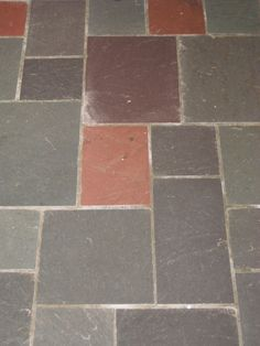 Slate Floor That I Love But Is Not In My Home Very Por Detroit And Suburbs The 20 S 60 Blogger Disses Describes It As 80