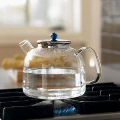 http://www.modadecozinha.com/2011/11/heat-proof-lab-glass-tea-kettle.html
