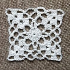 Crochet Easy Motif Making 3 - örgü motif - Point Granny Au Crochet, Granny Square Crochet Pattern, Afghan Crochet Patterns, Crochet Squares, Crochet Motif, Crochet Doilies, Crochet Flowers, Crochet Baby, Crochet Stitches