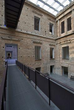Pinacoteca do Estado de São Paulo - Luz, São Paulo - Architects: Ramos de Azevedo e Domiziano Rossi; Restoration: Paulo Mendes da Rocha.