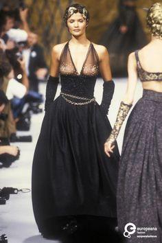 Helena Christensen - Chanel, Autumn-Winter 1993, Couture