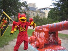 Our school mascot, one part lion and two parts eagle, the Gryphon! Good Times, University, History, Canon, Eagle, Spirit, School, Classic, Painting