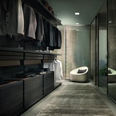 Searching for some fresh suggestions to redesign your closet? See our gallery of leading ideal walk in closet layout ideas and pictures. Walk In Closet Design, Wardrobe Design, Closet Designs, Dressing Room Closet, Closet Bedroom, Dressing Rooms, Dressing Area, Villa Luxury, Italian Furniture Brands