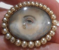 Fulfill a Wedding Tradition with Estate Bridal Jewelry Eye Jewelry, Pearl Jewelry, Bridal Jewelry, Jewelry Art, Antique Jewelry, Gold Jewelry, Vintage Jewelry, Memento Mori, Lovers Eyes