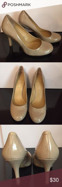 """Nine West Nude Pumps Nude Nine West Pumps. Good condition. A small mark on right shoe (shown in 4th picture) 3 1/2"""" heel Nine West Shoes Heels"""
