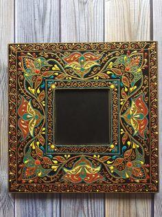 Kalamkari Painting, Tanjore Painting, Mirror Mosaic, Mirror Tiles, Glass Painting Designs, Paint Designs, Mandala Canvas, Wall Ornaments, Truck Art
