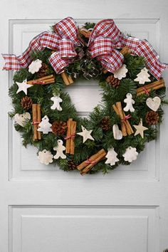 how to decorate an evergreen holiday wreath 5 different ways - Christmas Decorations Walmart