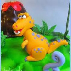 Sugar paste t-Rex for a dinosaur cake