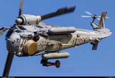 Polish Navy Kaman Super Seasprite (photo by Sandor Vamosi) Military Helicopter, Military Aircraft, Machine Design, War Machine, Airplane, Poland, Air Force, Fighter Jets, Navy