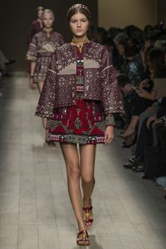 Valentino - Spring Summer 2014 Ready-To-Wear - Shows - Vogue.it
