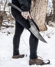 Discover recipes, home ideas, style inspiration and other ideas to try. Zombie Weapons, Ninja Weapons, Weapons Guns, Swords And Daggers, Knives And Swords, Tactical Swords, Armas Ninja, Cool Swords, Knife Making