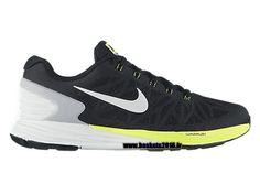 the latest 19e8f d41e7 ... Nike MD RUNNER 2 sneakers femme noir-blanc ...