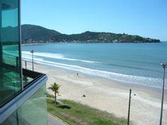 Gorgeous and Fit confortabilíssimo frente al mar w / 3 suites w / 8 personas.Alquiler de vacaciones en Itapema de @homeaway! #vacation #rental #travel #homeaway