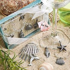 Unique Beach Themed Wine Charms, 12 #beachthemedweddings