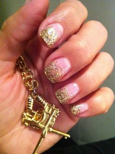 glitter gel nails !! I must try this (: