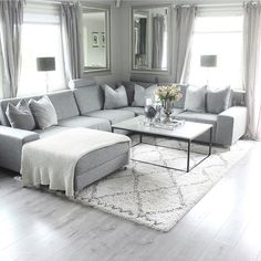 48 comfy apartment living room decor ideas 43 Informations About 48 comfy apartment living room deco Living Room Decor Cozy, Living Room Grey, Home Living Room, Apartment Living, Living Room Furniture, Living Room Designs, Living Room With Sectional, Ikea Sectional, Sofa Sofa