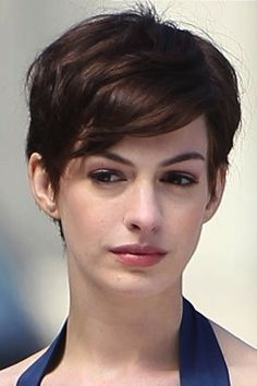 Anne Hathaway - love the hair!!!