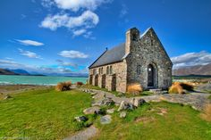 New-zealand, Church of the Good Shepherd, built in 1935 on the shores of Lake Tekapo in the South Island