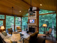 Wonderful Screened In Porch And Deck Idea 34