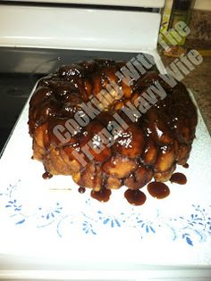 Cooking With The Frugal Navy Wife: Paula Deen's Monkey Bread
