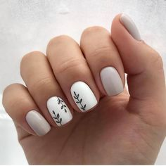 May 2020 - 11 Prettiest Nail Decoration Ideas So You Look More Amazing Do you have short nails? You can apply only one circle of nail polish. In such situations, the… Best Acrylic Nails, Acrylic Nail Designs, Nail Polish Designs, Pretty Nails, Fun Nails, Pretty Short Nails, Dream Nails, Stylish Nails, Nagel Gel