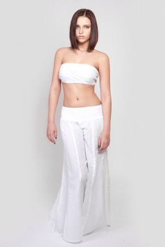 White cotton trousers by Goose Island, one size, 100% cotton. £39.99 #fashion #trousers #photoshoot
