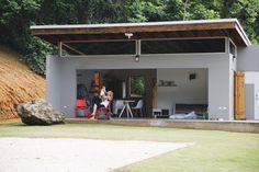 """""""Esta es mi casa ideal. Limpia, sencilla ¡y sobre todo libre de hipoteca!"""