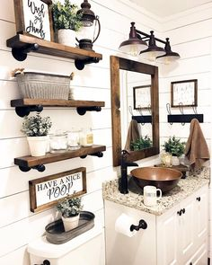 Are you looking for pictures for farmhouse bathroom? Browse around this website for perfect farmhouse bathroom inspiration. This particular farmhouse bathroom ideas will look terrific. Rustic Bathroom Decor, Small Bathroom, Farmhouse Bathroom, Sweet Home, Bathroom Decor, Interior, Bathrooms Remodel, Downstairs Bathroom, Home Decor
