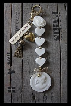 Zeepketting Soapchain | Tips om zelf te maken: http://www.jouwwoonidee.nl/zeepkettingen-maken/