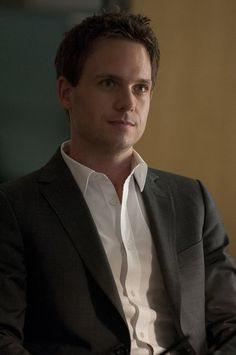 Patrick J. Adams (Mike Ross) - Suits