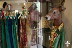¡Disfruta de la Navidad en Multiespacio ⚘ Les Jardins! En el centro de Madrid, una tienda de moda y complementos originales donde encontrarás los mejores detalles para tus regalos navideños. PLAZA DEL ÁNGEL, 4 (M) Sol. Tel. 911 25 80 53.
