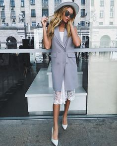 Pretty 15 Women Stylish and Gorgeous Summer Outfits For Work Summer Work Outfits, Spring Outfits, Office Fashion, Business Fashion, Look Fashion, Womens Fashion, Fashion Design, Cooler Look, Look Vintage